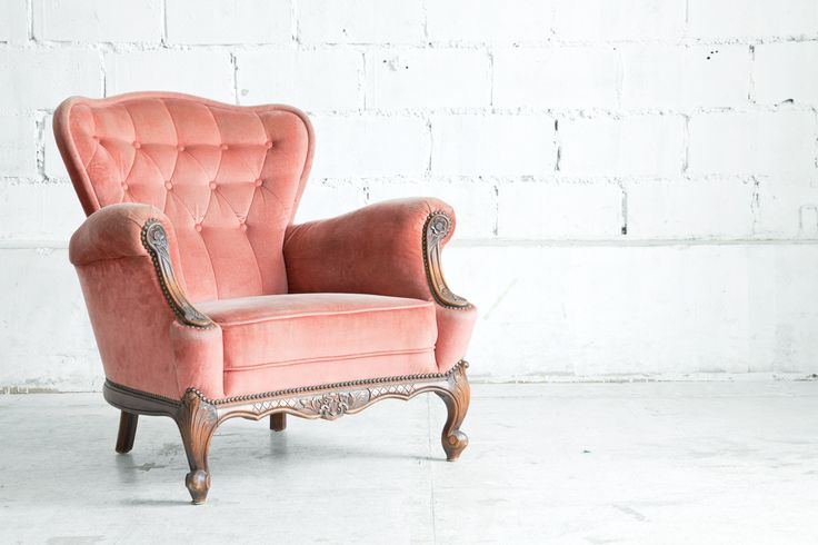 Sandra 39 s interieurstyling stoel oud roze brocante romantiek sandra 39 s interieurstyling - Romantische fauteuil ...