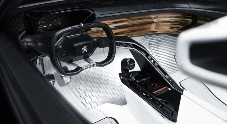 The Peugeot i-Cockpit® design offers a unique perspective which naturally incorporates sound (acoustics) alongside sight and touch, since people rely on all three of these senses to negotiate their immediate environment.