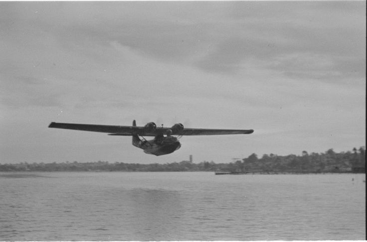 128473PD: A catalina flying boat over the Swan River at Crawley, 1946. http://encore.slwa.wa.gov.au/iii/encore/record/C__Rb3348233__Scatalina__Ff%3Afacetmediatype%3Av%3Av%3APhotograph%3A%3A__P0%2C5__Orightresult__U__X6?lang=eng&suite=def