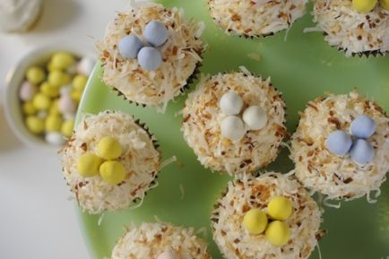 Coconut Nest Cupcakes | Holidays | Pinterest