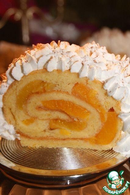 Бисквитный рулет с персиками - кулинарный рецепт