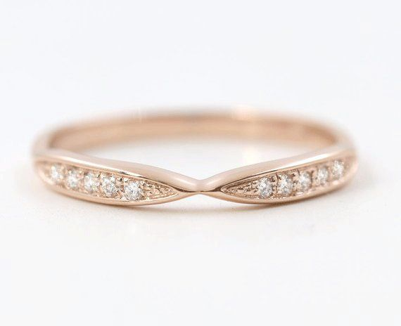 8 Minimalist Rose Gold Wedding Rings She'll Love