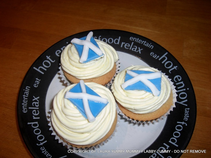 St Andrew's Day cakes
