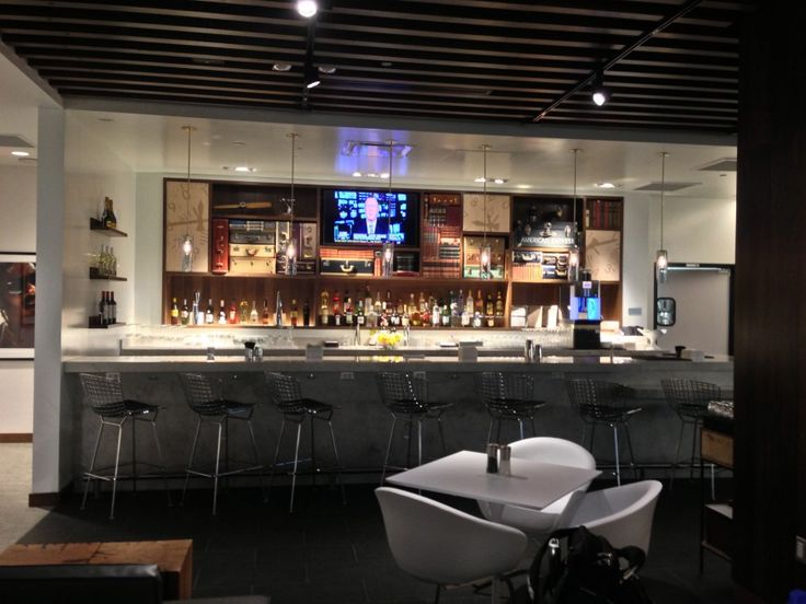 Top 10 Airport Lounges in the U.S. & How to Gain Access