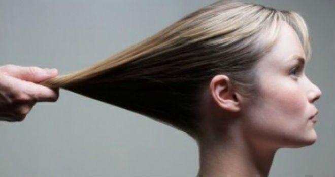 Cómo alisar el cabello naturalmente - La Guia de las Vitaminas