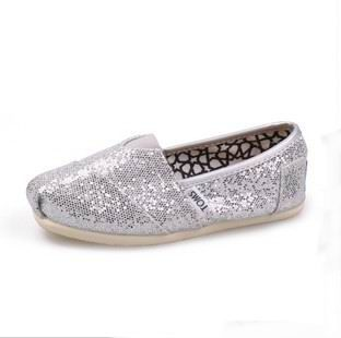 TOMS Outlet! Most pairs are less than $17! OMG! | See more about kid shoes, toms outlet shoes and silver glitter. | See more about kid shoes, toms outlet shoes and silver glitter.
