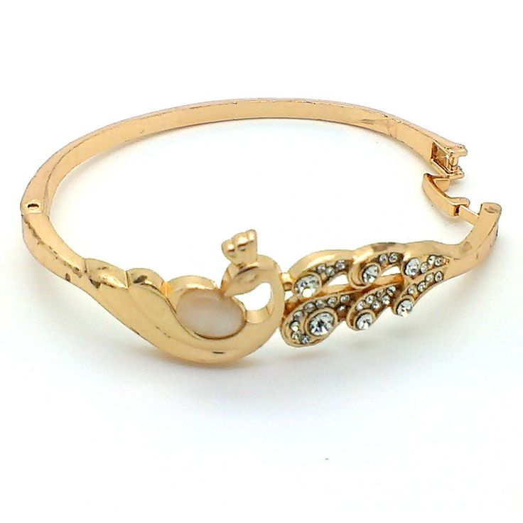 Beora #Gold Plated Austrian #Diamonds Round #Bracelet #Bangle By #Trendymela. Buy it at just Rs.499.Use Coupon Code OFF100 & Get Flat Rs. 100 Discount.We offer free shipping and Cash on Delivery (COD) all over the India.