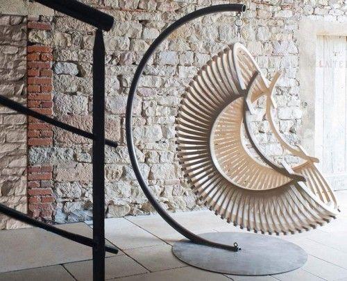 Sedia Designer su un telaio metallico