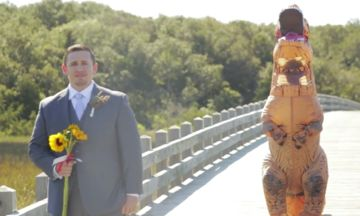 Bride Arrives At Wedding In T-Rex Costume, Groom's Reaction Is Priceless | The Huffington Post