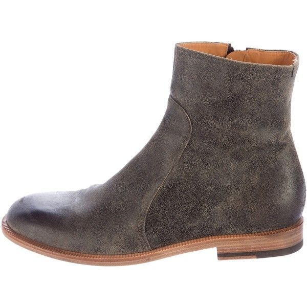 Pre-owned Maison Margiela Distressed Ankle Boots ($325) ❤ liked on Polyvore featuring men's fashion, men's shoes, men's boots, grey, mens distressed boots, mens zipper boots, mens leather zipper boots, mens gray boots and mens leather shoes