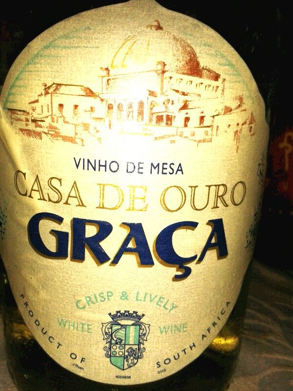 Casa de Ouro, Graca. Blind tasting at Intro to wine course with Penny Lancaster. Durban, South Africa.