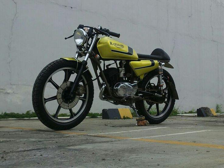 Kawasaki KH 100 - Caferacer