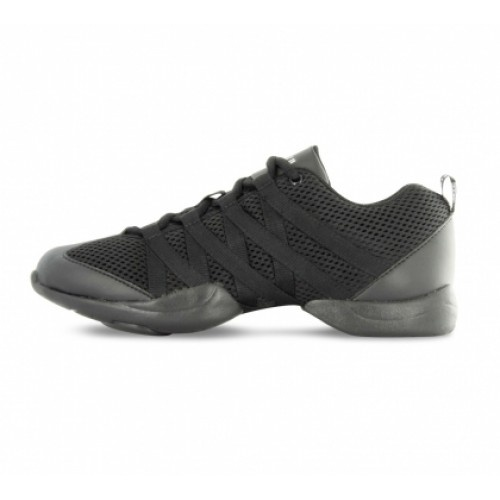 Bloch Criss Cross Mens Sneakers  Versatile split-sole dance sneaker with built in arch support. Flexible non marking outsole with functional TPU spin spot. Lightweight breathable mesh upper and dri-lex lining with wicking properties.  Width : X  Fit is true to size. Note: the fit depends on the thickness of socks, i.e. if you wear thick sport socks we recommend to order this style a ½ size up to your regular shoe size. In respect of our BLOCH products this is a guideline only.  Price: 37.00€