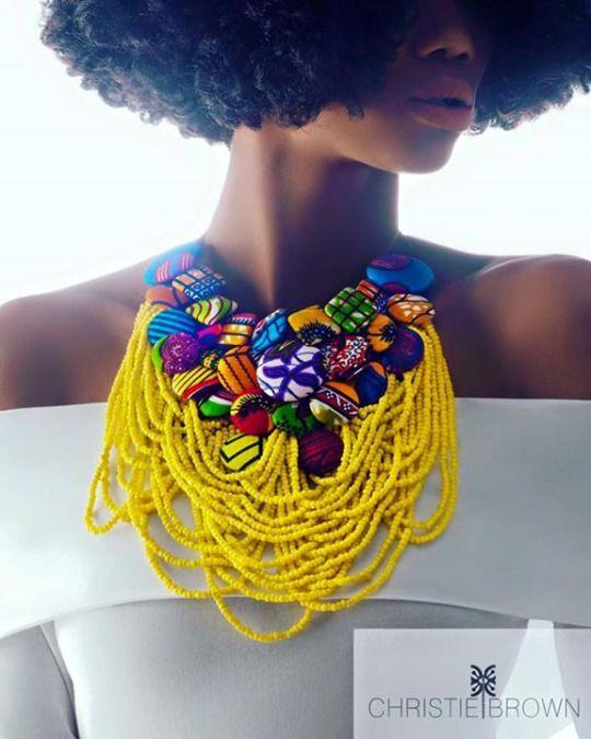 www.cewax.fr love this statement necklace ethno tendance, style ethnique, #Africanfashion, #ethnicjewelry - CéWax aussi fait des bijoux : http://www.alittlemarket.com/collier/fr_collier_plastron_multi_rang_ethnique_en_tissu_africain_beige_prune_jaune_-15921837.html -