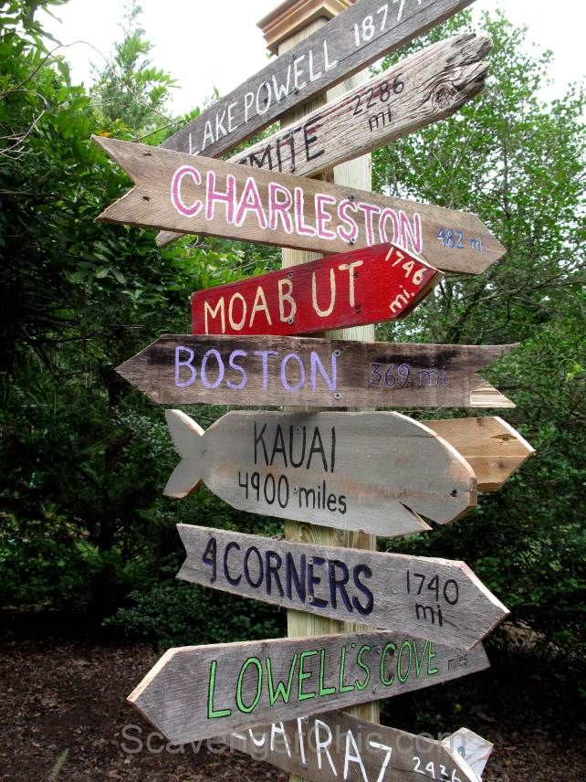 Reclaimed pallet wood directional sign by Scavenger Chic, featured on FunkyJunkInteriors.net