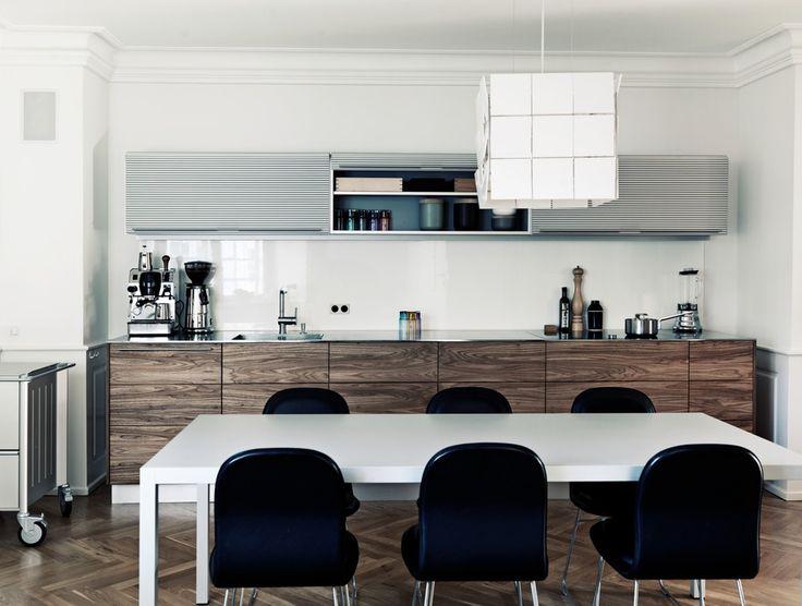 Merchant House - Kitchen  Dining