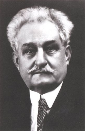 Leos Janacek was a influence on Antonin Dvorak's work and he wrote an opera about a drunken landlord who dreams about visiting an art colony on the moon.
