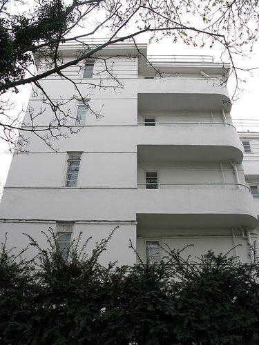 Belsize Park, Art #Deco style apartments, London NW3