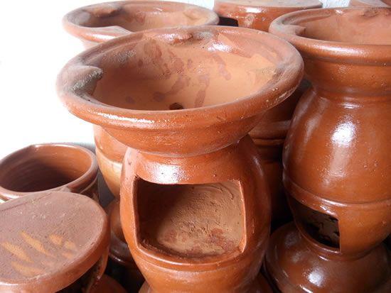 Braseros de barro  Cocinas sostenibles en 2019  Vajilla de barro Fogn de barro y Alfarera de cermica