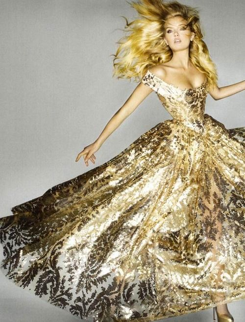 PREVIEW!  VOGUE UK SEPTEMBER 2012  Lily Donaldson by Nick Knight