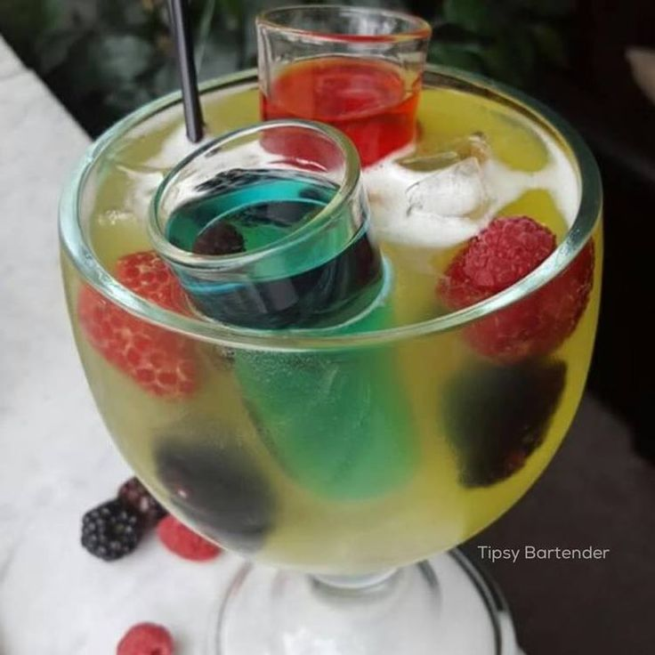 445 best images about Good Looking Drinks on Pinterest | Coconut rum, Cocktails and Blue curacao