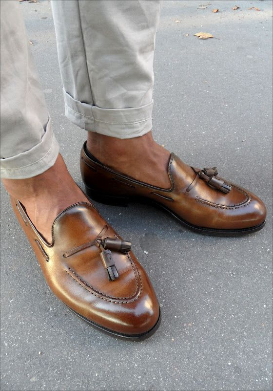 Les Frères JO' - Men's Style Inspiration: STREET LOOK - Blue Seersucker    Tassel Loafers (Crockett and jones Cavendish)