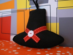 Hanging Welsh Hat  welshhatcrafts.bigcartel.com
