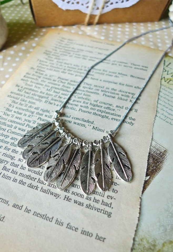Necklace de Plume...Perfect for WF!!