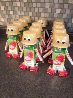 The Cutest Kid Snacks!  Healthy Too!How stinking cute are these kid's snacks? Please like and share!  <3