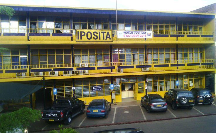 Wizyta na poczcie w Kigali