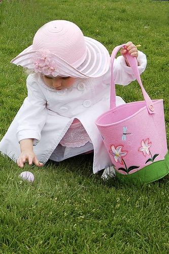 Spring <3 Easter Egg Hunt