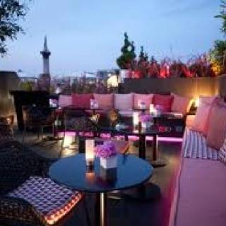 Trafalgar Hotel Roof Top Terrace Bar, #London England #Luxury #Travel Getaway VIPsAccess.com