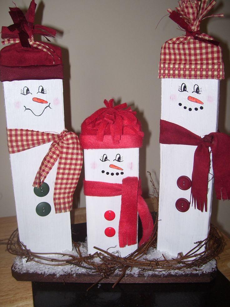 Pallet snowmen christmas crafts pinterest pallet for Pinterest pallet christmas ideas
