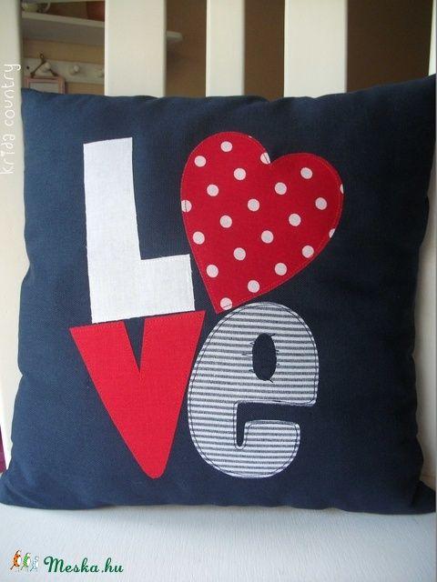 """""""Love, love, love"""" - vidéki romantika párnahuzat (kridacountry) - Meska.hu"""