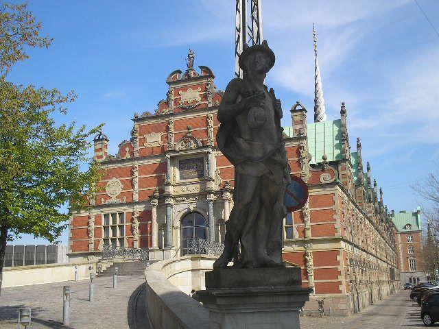 Sculpture, inner city