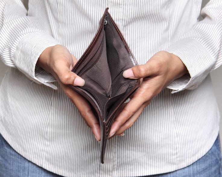Как взять в долг без проблем и не попасть в долговую яму?