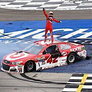 For Kyle Larson, this is only the beginning! ☝️ #kylelarson #nascar #michigan…