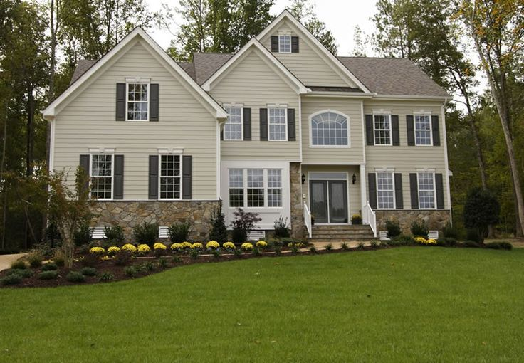 Simple landscaping on a big house is just enough for Simple landscape design for front of house