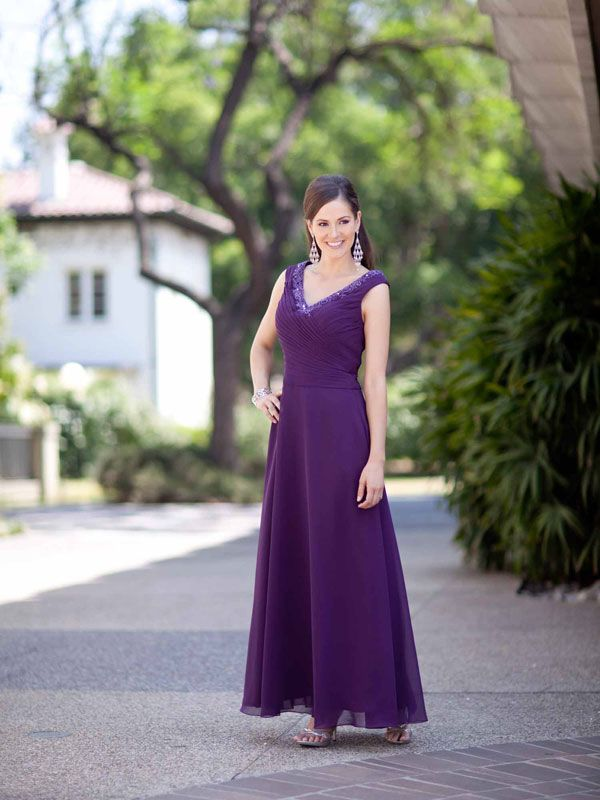 Glamorous sleeveless A-line dress for mother of the bride