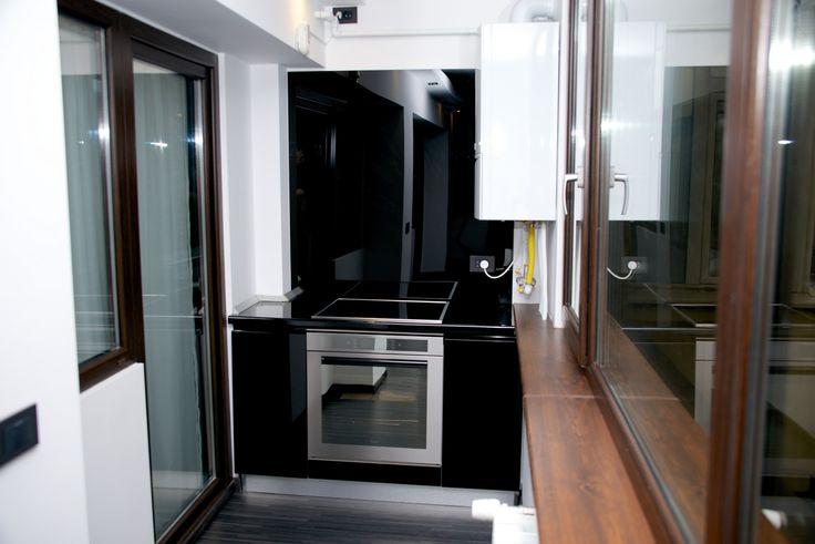 Mobila Bucatarie Black Cuptor  Whirlpool electric Plita Samsung Inductie