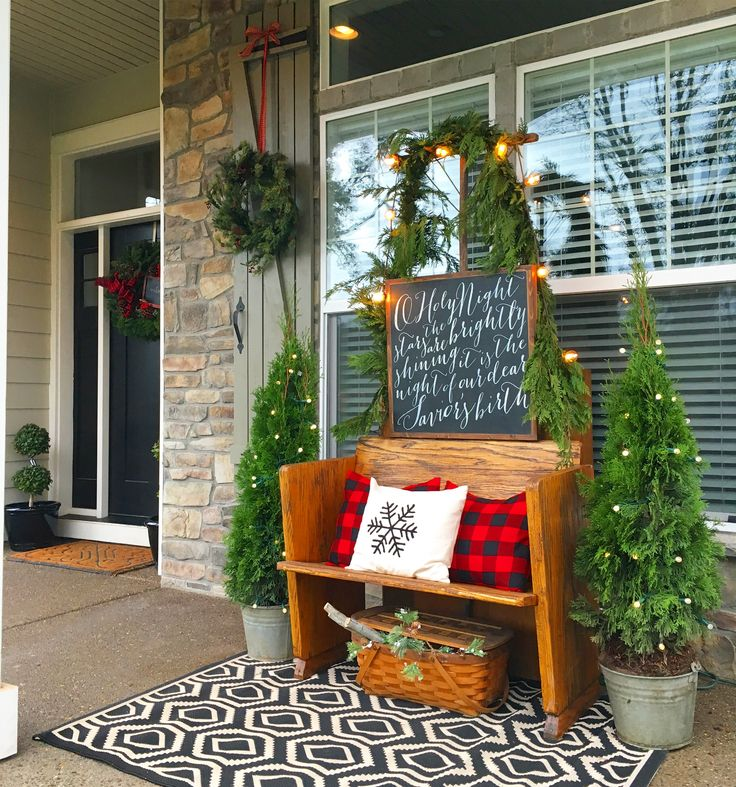 best 25 christmas porch ideas on pinterest christmas porch decorations christmas front porch. Black Bedroom Furniture Sets. Home Design Ideas