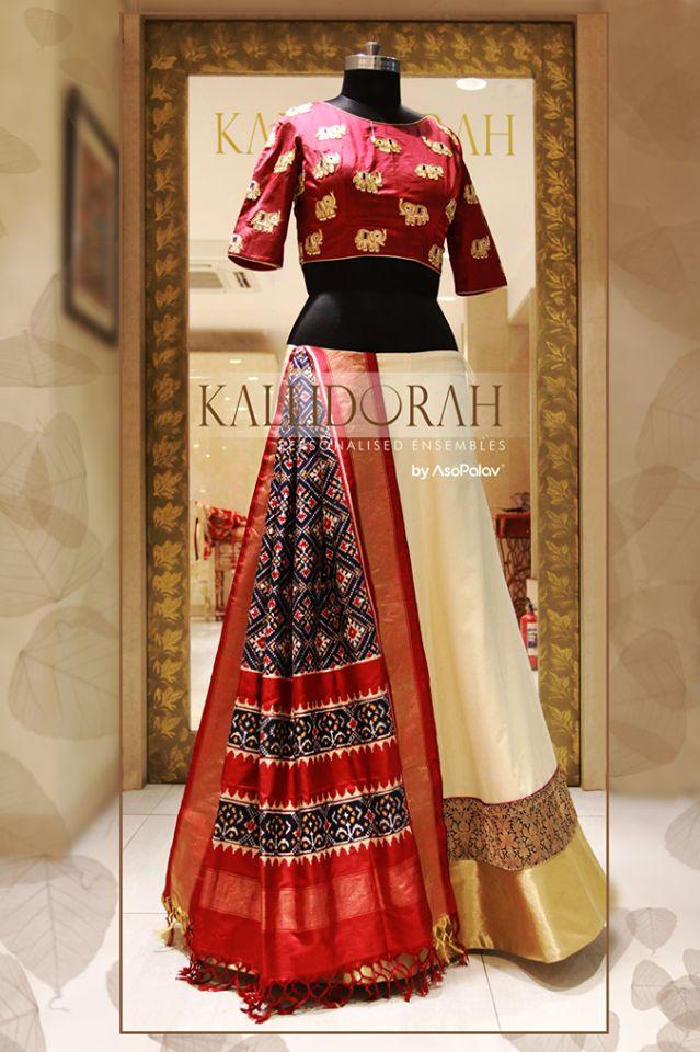 Look poise and uber chic in this feminine attire from Asopalav ! #TraditionalWear #GhagraCholi #Kallidorah #KallidorahByAsopalav #BeSpoke #BridesToBe #BridalLehengas #DesignerCollection #Granduer #Royal #elegance #elegantmotifs #ElegantBridalWear #Indianweddings #Indianfashion #BigFatIndianWeddings #Bridalwear #BridalElegance #NewGenerationBrides #IndianEthnicWear #bridalboutique #bridalinspiration #NRIBrides
