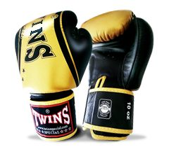 TWINS SPECIAL BOXING GLOVES BLACK GOLD TW 4