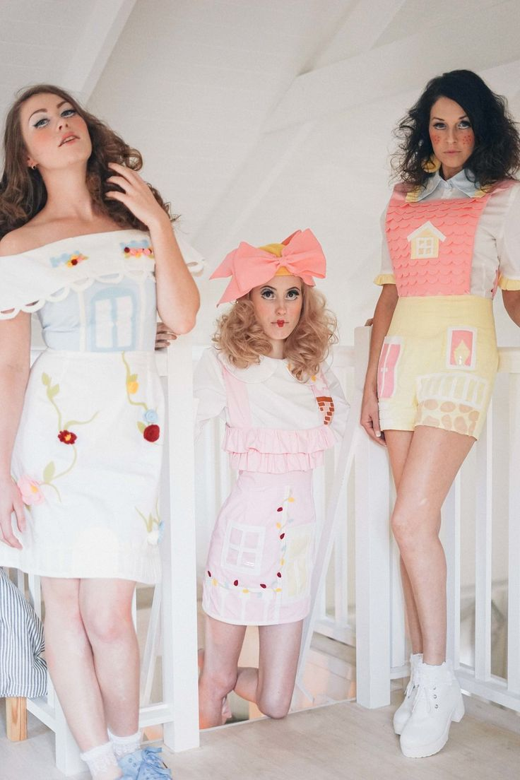 Dollhouse by Elleni the Label