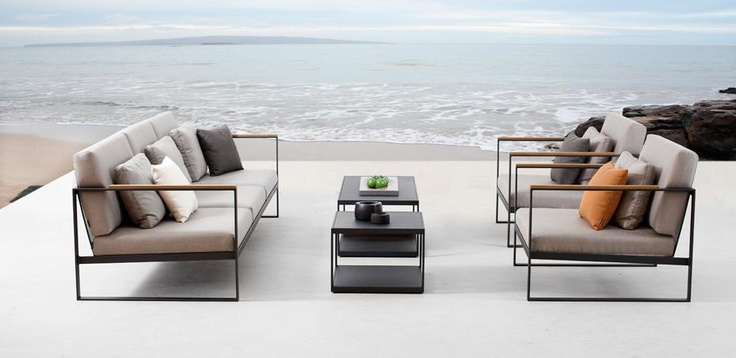 Garden Easy lounge group, Röshults. Sofas, chairs and tables for your garden or terrass.