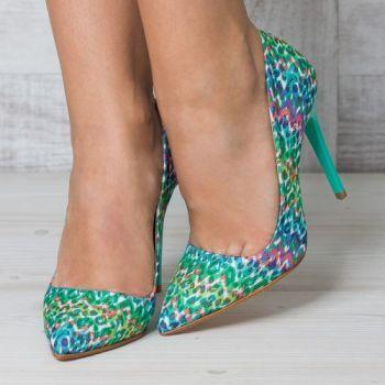 Pantofi stiletto multicolori cu toc turcoaz si cu imprimeu leopard. Material textix. Tocul este de 11 cm