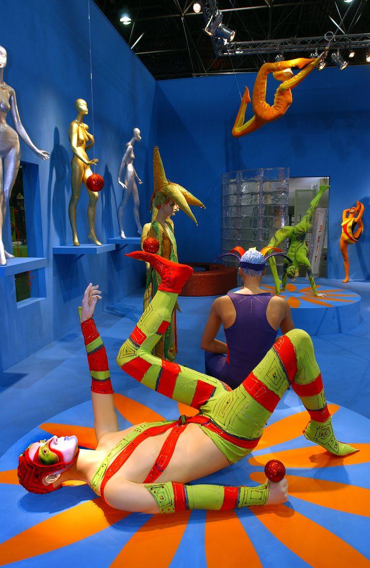 Il giocoliere, Circus La Rosa Mannequins