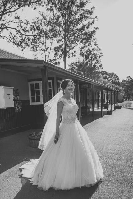 Melbourne Wedding photographer Amanda Kilbourn $1200 package