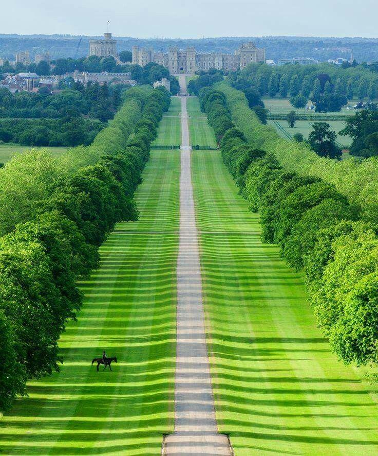 The Long Walk Windsor Castle Visiting England Visit Windsor Castle Castle