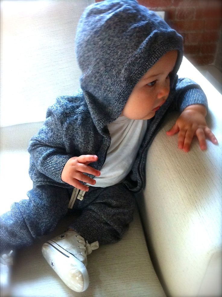 Stylish Baby fashion style - sweat pants and hoodie suit - converse